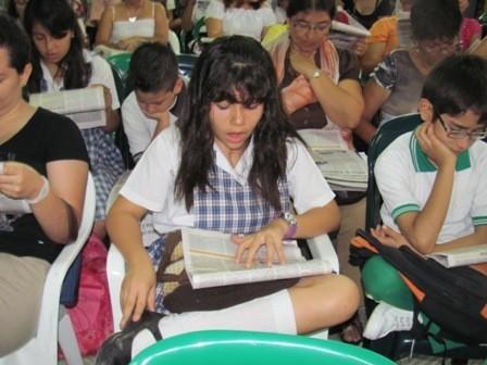 Leer en voz alta es muy interesante con Prensa Escuela.
