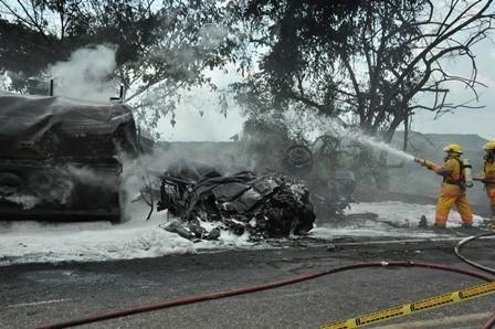 Conductores murieron incinerados en la vía Aipe 1 30 marzo, 2020