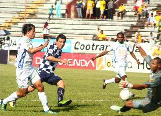 Atlético Huila buscará un nuevo triunfo ante el Medellín.