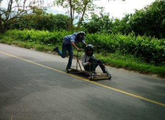 La prueba fue muy exigente para los pilotos que participaron en esta novedosa actividad deportiva.