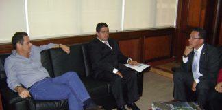 Carlos Augusto Rojas, representante a la Cámara por el Huila, junto con el Ministro del Interior, Germán Vargas Lleras.