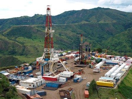 pozo petrolero gigante