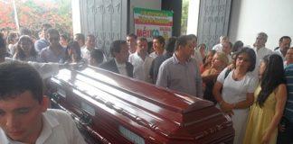 5 Garzon despidio al profesor Luis Antonio Rosero despues de mas de 30 años de servicios.