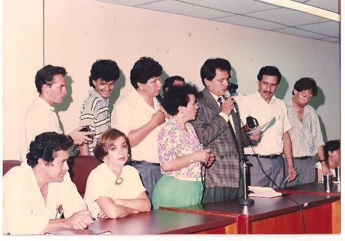 Hernán Andrade Serrano posesionándose como presidente del Concejo de Neiva hace 20 años.