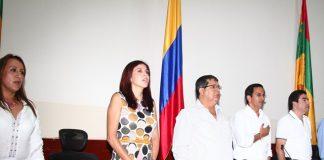 La gobernadora y el representante a la Cámara Silvio Vásquez en el debate del viernes anterior.