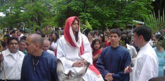 Una gran concurrencia tuvo el inicio de la Semana Santa en las diferentes parroquias del Huila.