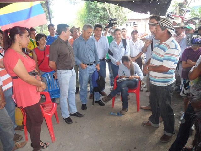 Continúa protesta en La Escalereta