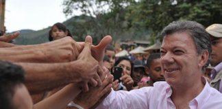 La imagen favorable del presidente Santos cayó 24 puntos durante los últimos doce meses