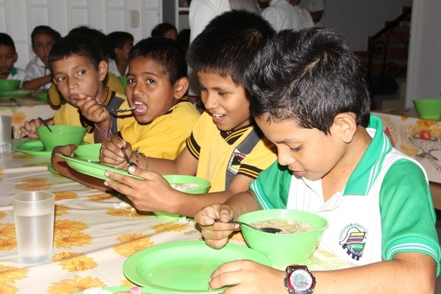 Restaurante Escolar Para 128 Mil Estudiantes Lanacion Com Co