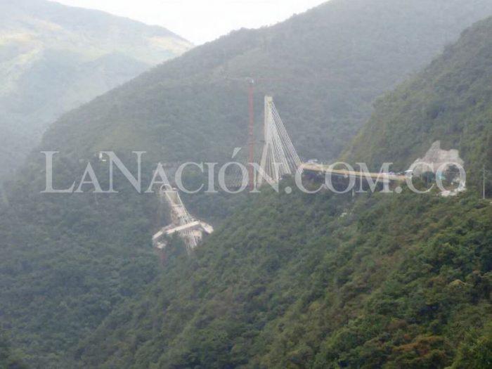Colapso de puente en Colombia deja nueve personas muertas