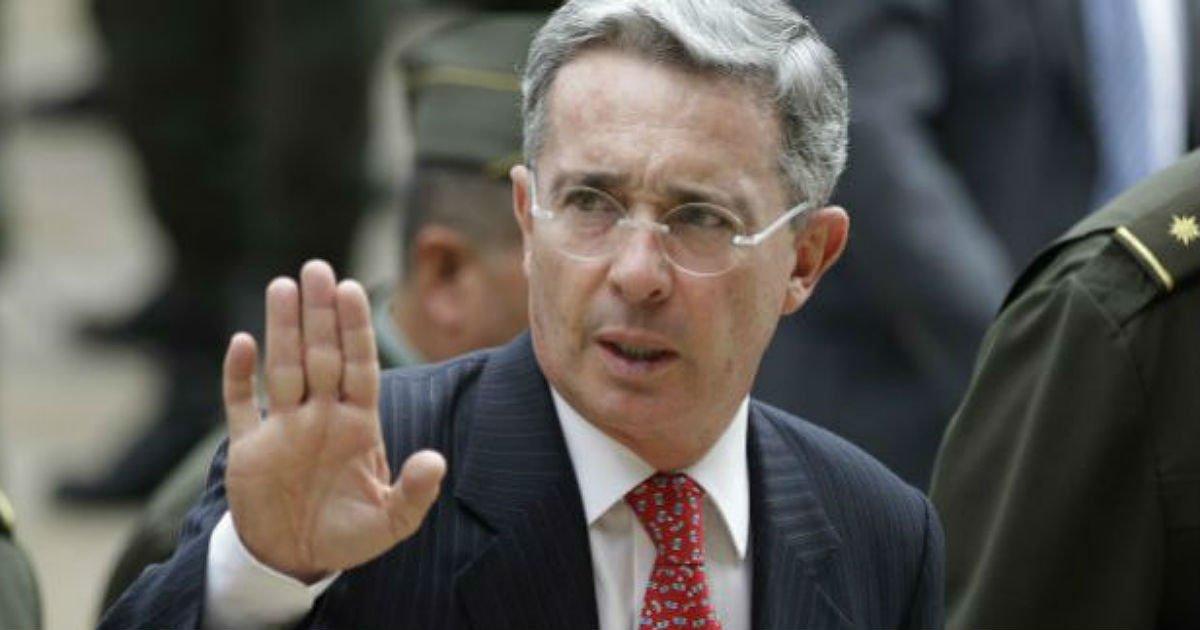 Tribunal Superior de Medellín compulsó copias para investigar a Uribe por masacres