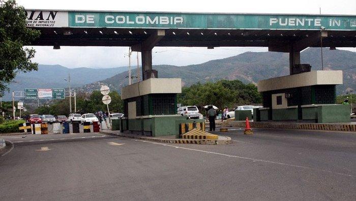 Gobierno de Colombia ordena cierre de frontera con Venezuela por elecciones legislativas