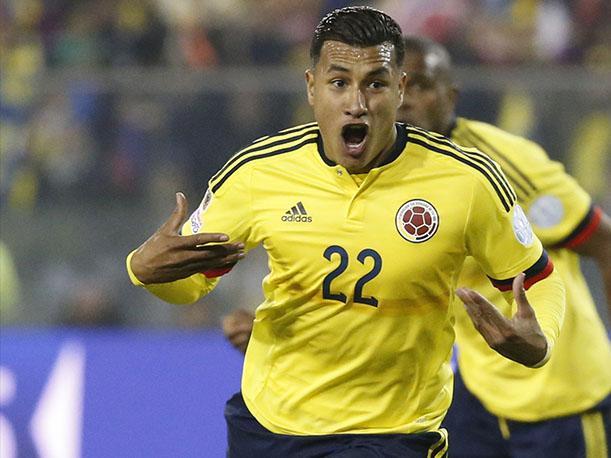 Exjugador Esteban Cambiasso podría unirse al cuerpo técnico de la selección Colombia