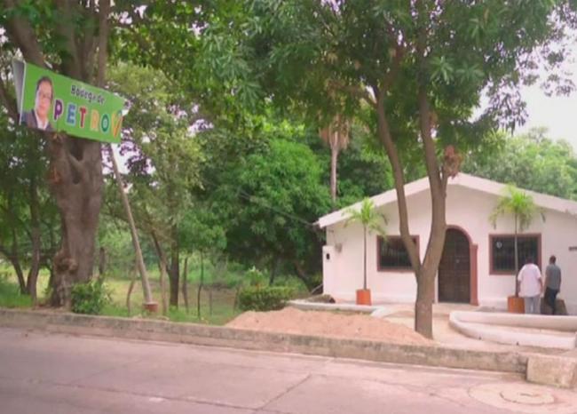 Atacan sede de candidato presidencial en Colombia
