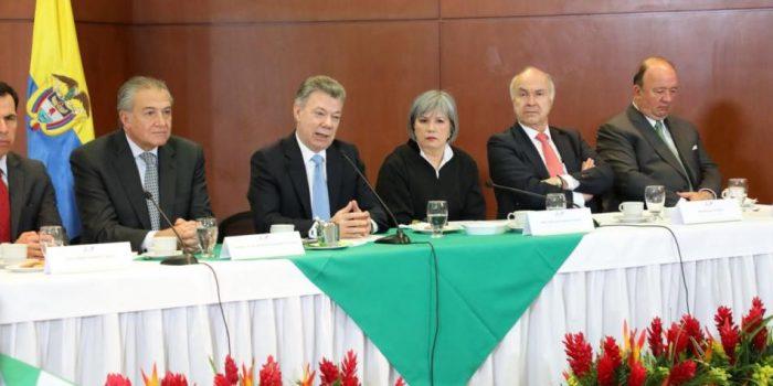 Iván Márquez, exjefe de las FARC anuncia que no asumirá como senador