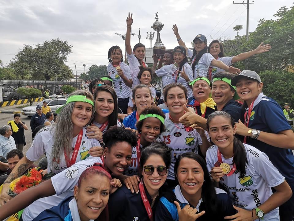 Yoreli Rincón dice que premio por Libertadores no llegará al equipo femenino