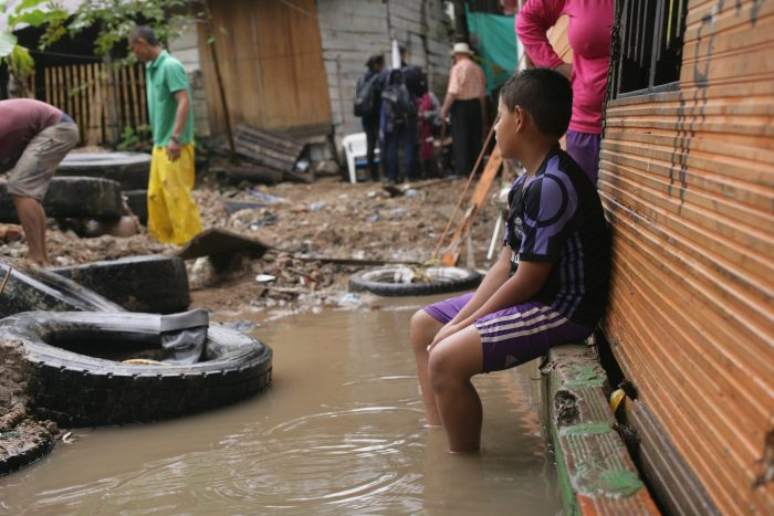 Nueva Esperanza: sin casas, entre el lodo y el olvido 1 3 abril, 2020
