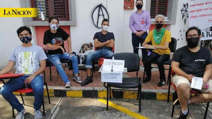 Empieza a deteriorarse estado de salud de huelguistas 1 12 agosto, 2020