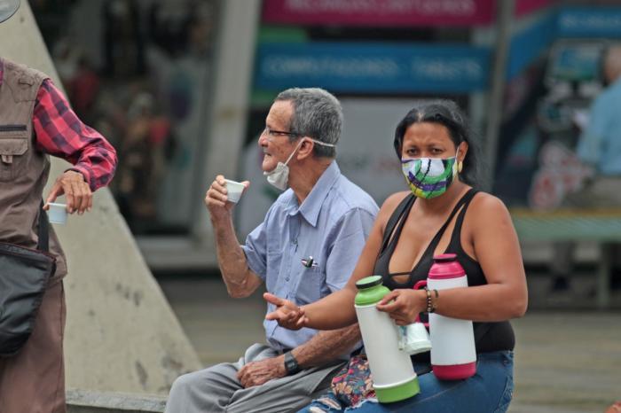 En Huila, miles de personas se quedaron esperando subsidio al cesante 1 5 agosto, 2020