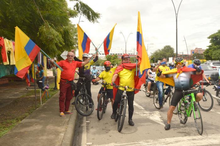 Ciclistas y corredores unidos por el país 8 10 mayo, 2021